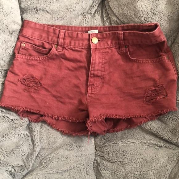 Billabong Pants - Billabong jean shorts size 26